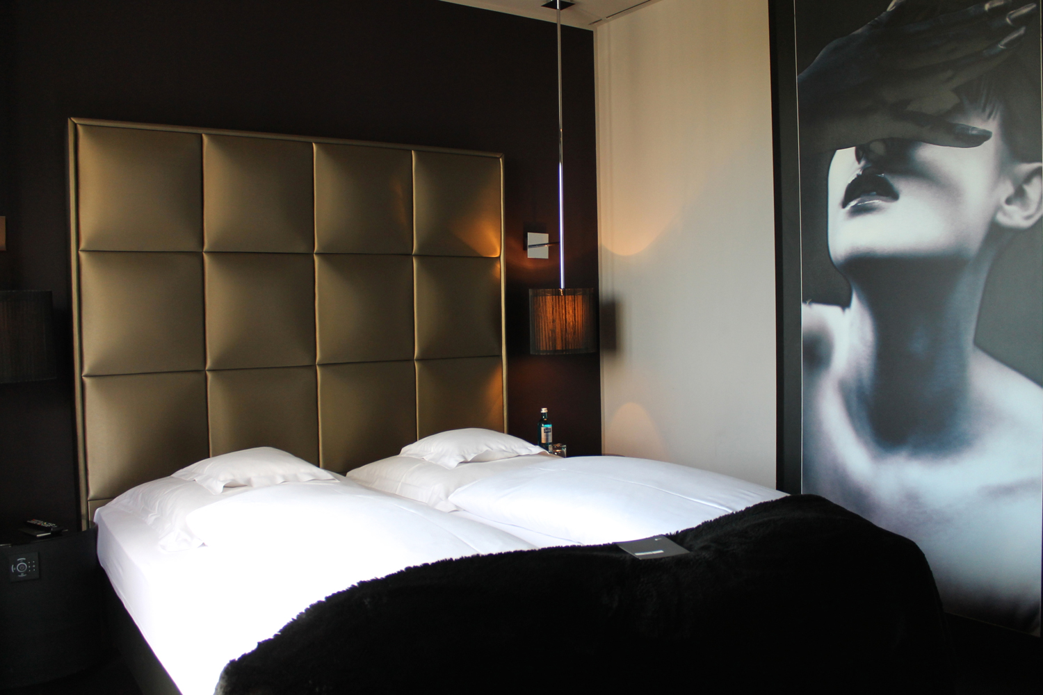 Roomers design hotel in frankfurt edle eleganz webundwelt for Design hotelzimmer