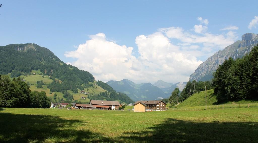 Ort Mellau und Berge im Bregenzerwald
