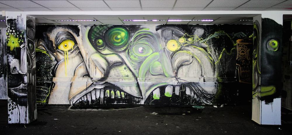 Gruseliges Graffiti im Gebäude