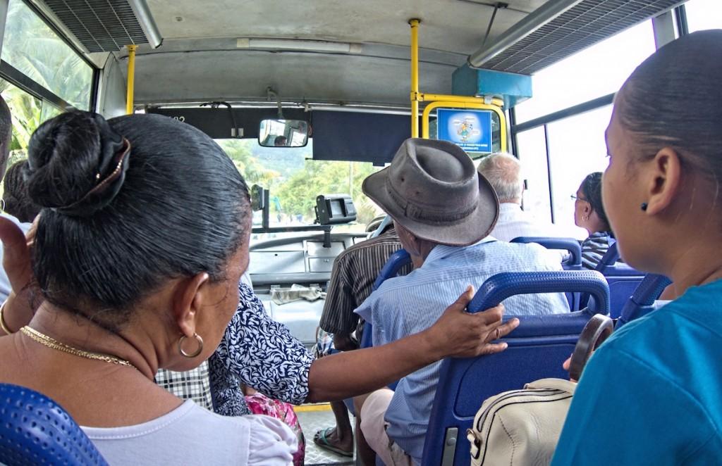 Bus auf den Seychellen