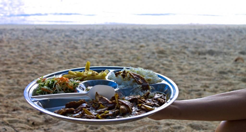 kreolisches Essen am Strand