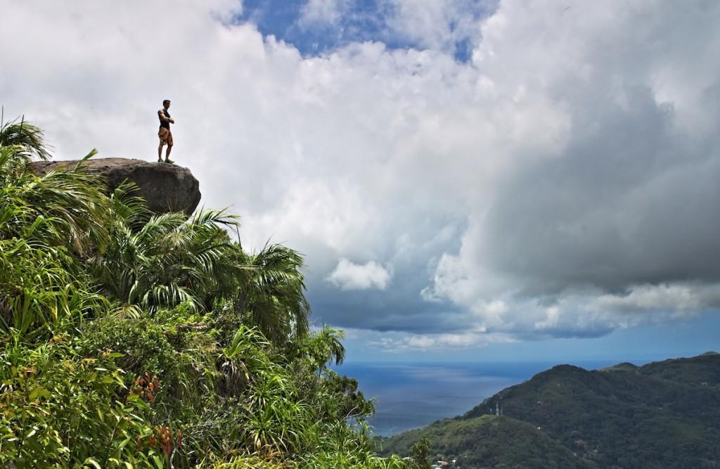 Felsen beim Wandern auf den Seychellen
