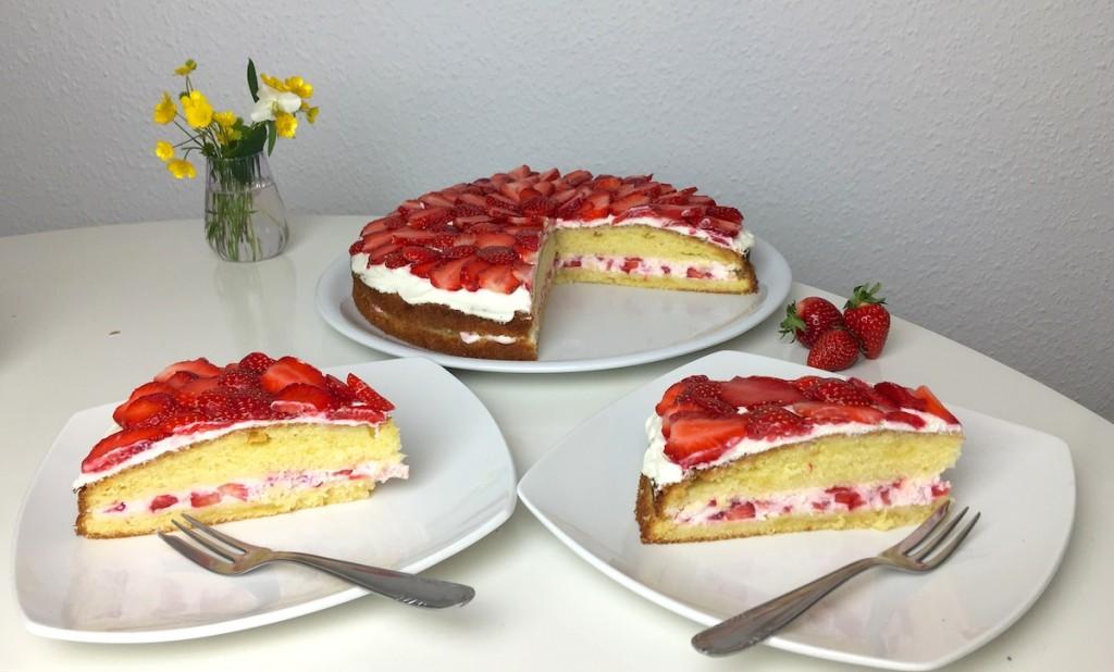 Erdbeer-Sahnequark-Kuchen