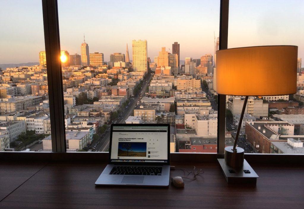 Perfekter Arbeitsplatz in San Francisco