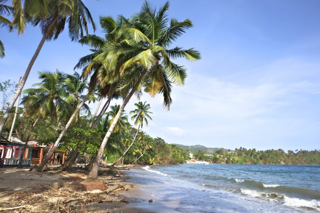 Naturstrand auf Samaná