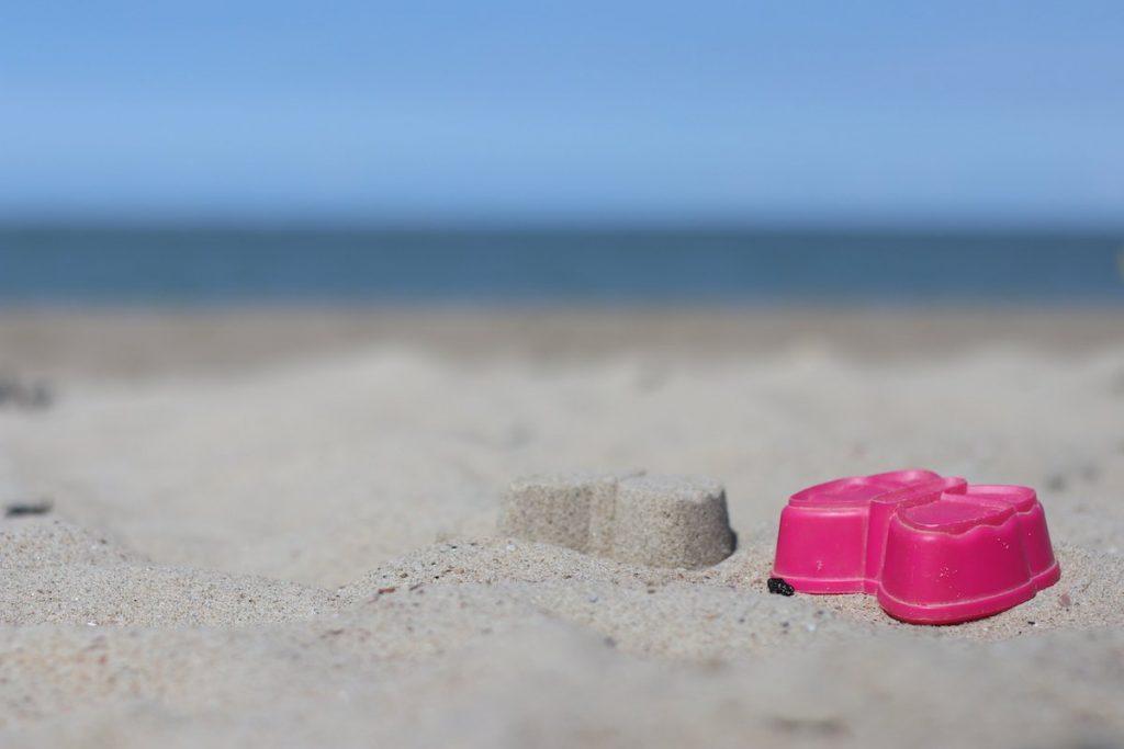 Baby Spaß am Strand