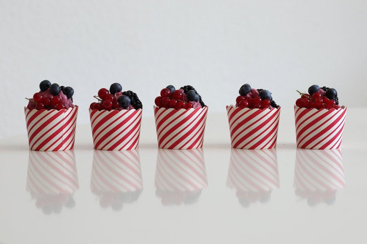 Sommerliche Beeren Cupcakes Rezept Webundwelt