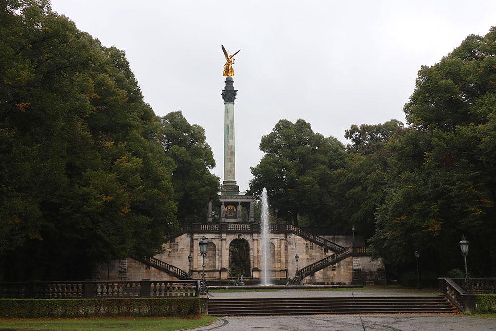 München zu Fuß erkunden Friedensengel