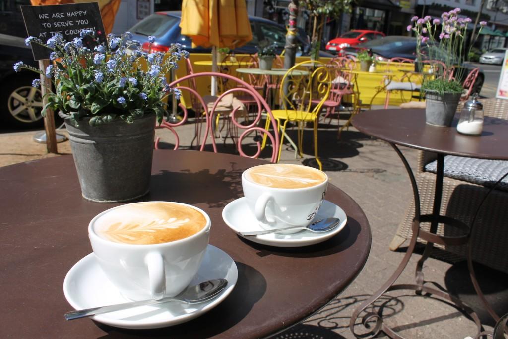 Kaffee Pause beim Mädels-Wochenende