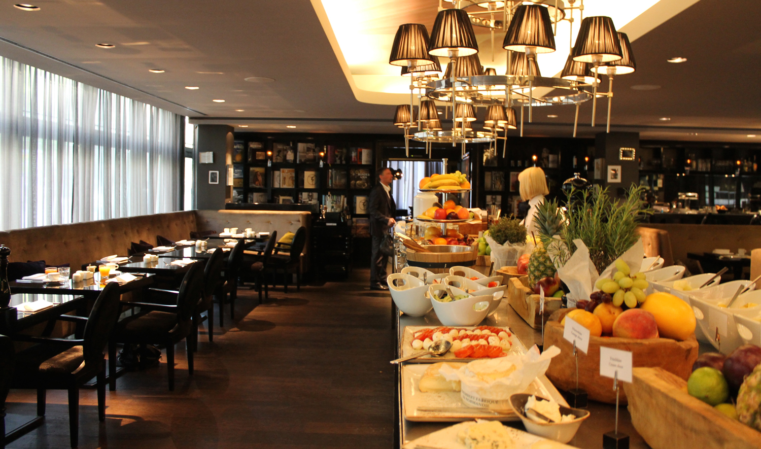 Roomers design hotel in frankfurt edle eleganz webundwelt for Essen design hotel