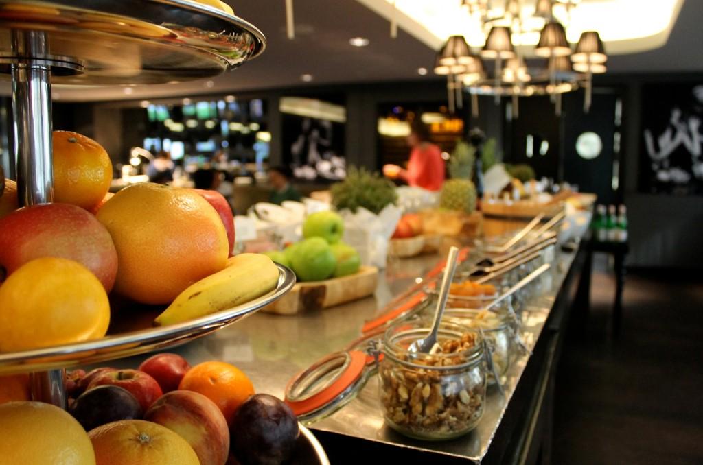 Roomers-Design-Hotel_gesundes-Fruehstueck