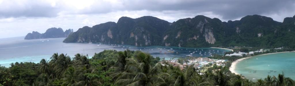 Blick auf die Strände von Koh Phi Phi