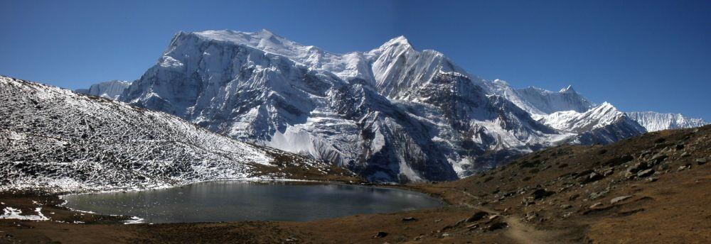 Bergsee im Himalaya