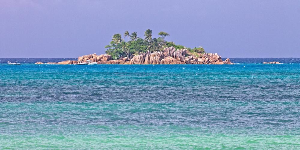 Schildkröten, Trauminseln & bunte Fische: Ein Tagesausflug auf den Seychellen – Werbung