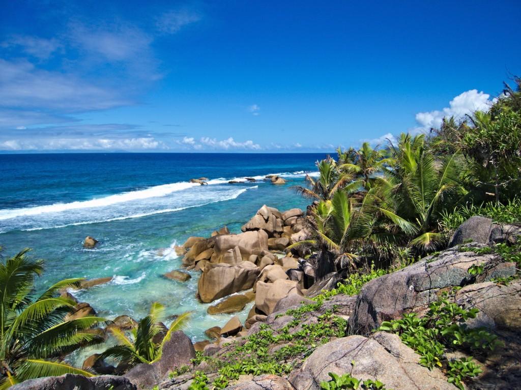 Ausblick beim Wandern auf den Seychellen
