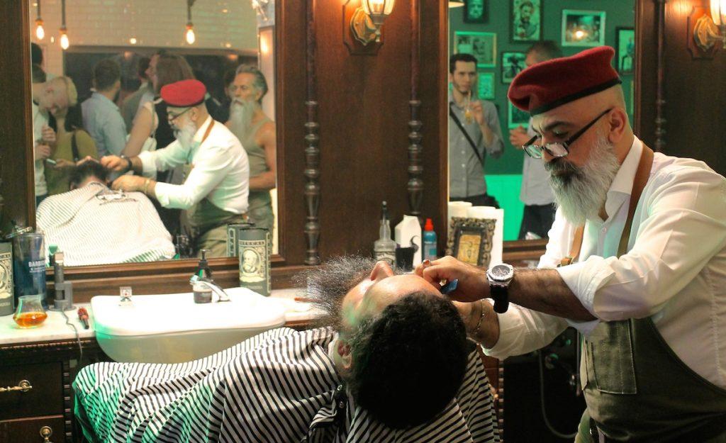 Barber bei der Arbeit