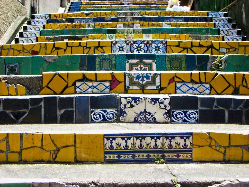 Bunte Treppe in Rio