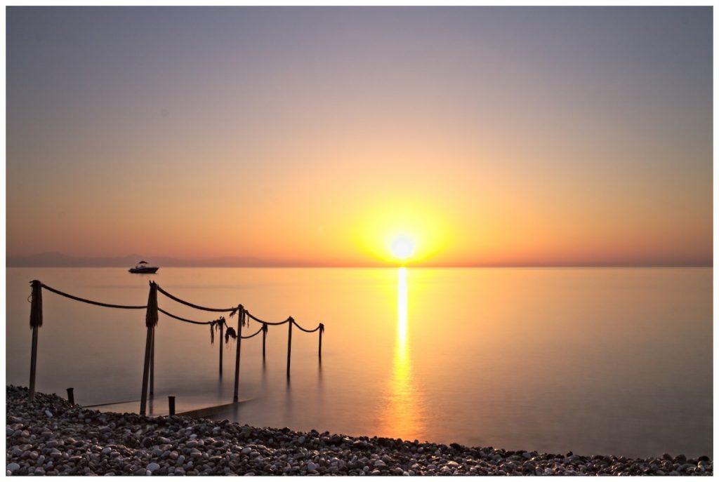 Sonnenaufgang im Meer