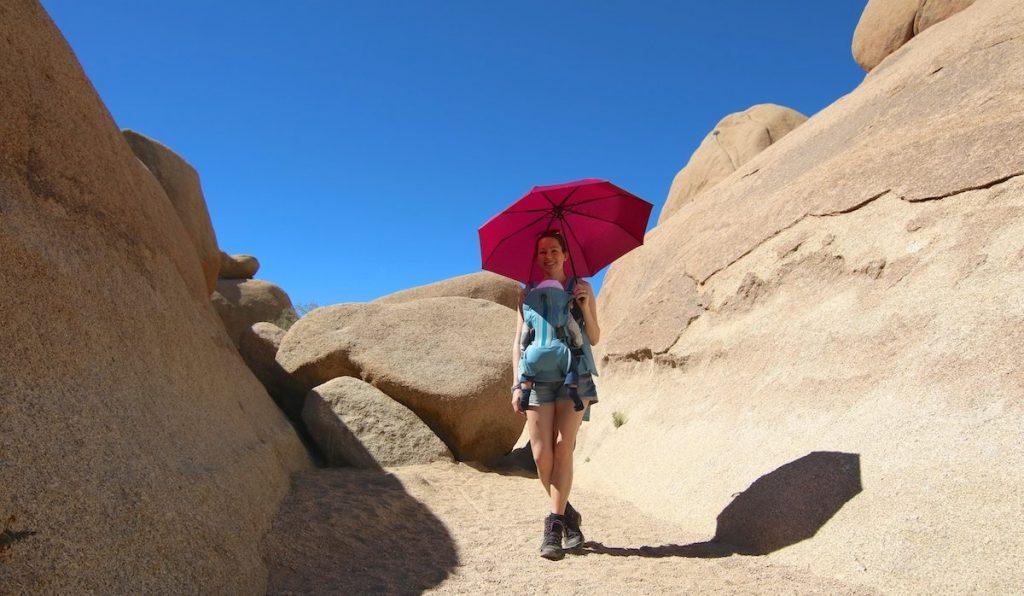 Regenschirm auf der Urlaubs Packliste fürs Baby