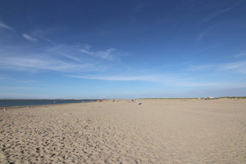 Endlosser Strand in Zeeland